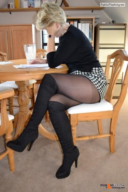 Ass flashing hosiery4me: yorkshiretights: A definite come on Hot gran Public Flashing
