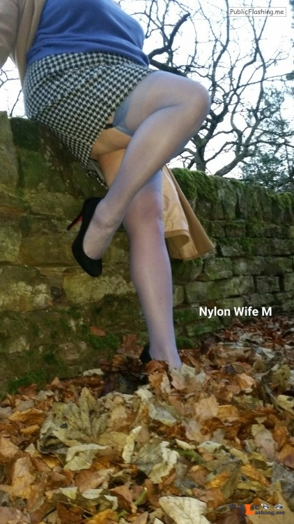 Ass flashing fatdadm: M in nylonica stockings to match her jumper Public Flashing
