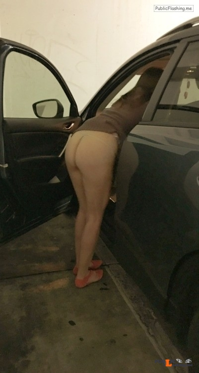 No panties dscreetmom: It's gettin real in the whole foods parkin lot! pantiesless Public Flashing
