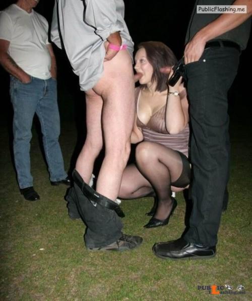 Ass flashing strangers4sex: Reblog for more dogging mums??... Public Flashing