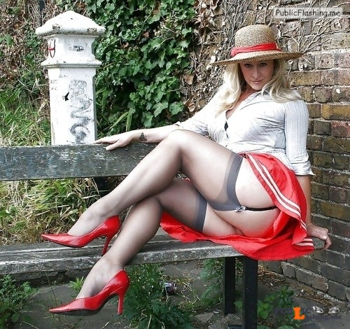 Ass flashing girdlelover59: amirpietri: Whore mature Beautiful curvy... Public Flashing