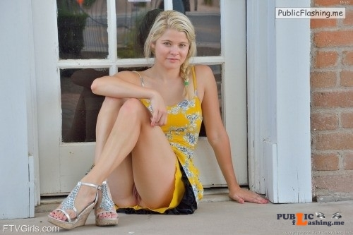 FTV girls upskirt Pretty Mindy from FTV Girls lets us peek and see her naked pussy... Public Flashing