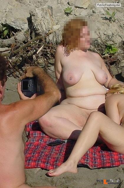 Ass flashing Photo Public Flashing