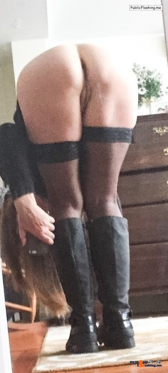 Public Flashing Photo Feed : No panties hishornygirlfriendxo: On my way out to meet him. Should I put… pantiesless