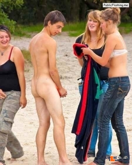 Public nudity photo watchingher-watchinghim:Is somebody feeling a little…