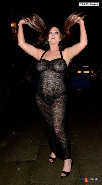 Ass flashing slipnips4u: Lisa Appleton