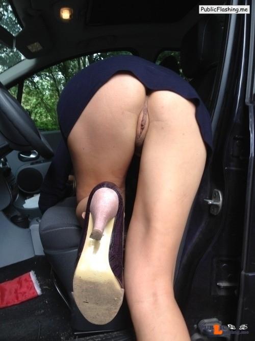 No panties bertn-manse: What are panties !? ;-) I just love showing my… pantiesless