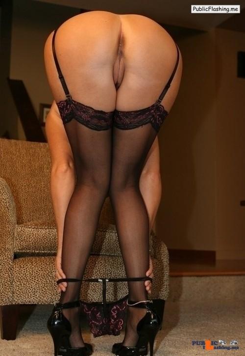 Ass flashing ukmilfsecrets: Stunning Milf from  Sowerby Bridge horny for…