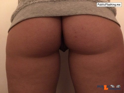 No panties Commando @bvanedis pantiesless