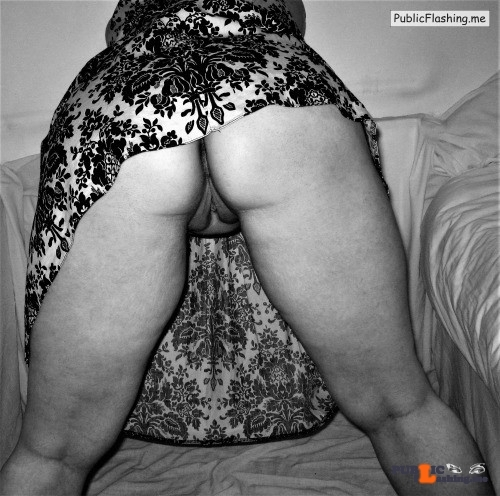 No panties thenaughtyfairy: Monday Fun ? Thanks for making my monday more… pantiesless