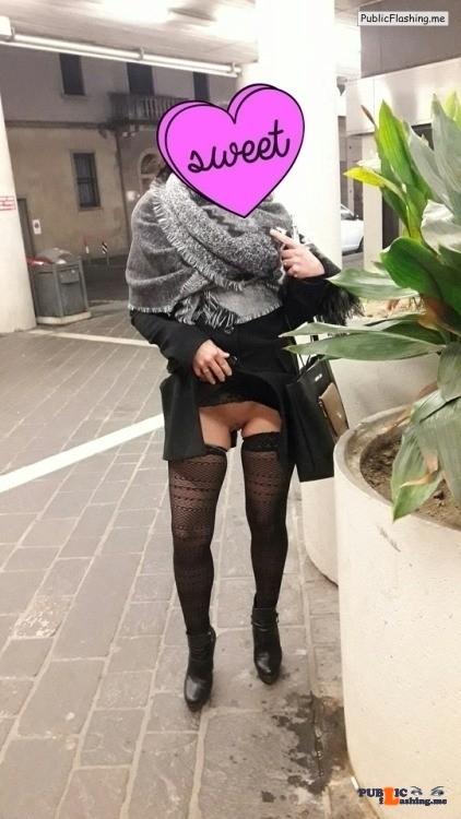 No panties almadiva: In giro a far compere… ??????? Commando saturday pantiesless