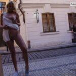 Public nudity photo nude-girls-in-public: Flash-in-public: Karolina…