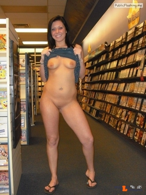 Public Flashing Photo Feed : Photo flashing in public picture