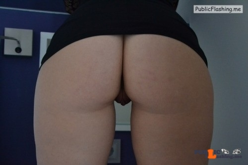 No panties Another upskirt no panties by @bvanedis pantiesless