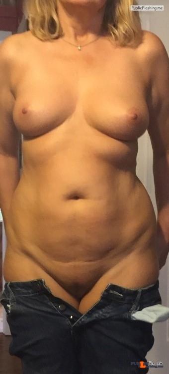 No panties Going commando. Way to go @wifexyz pantiesless