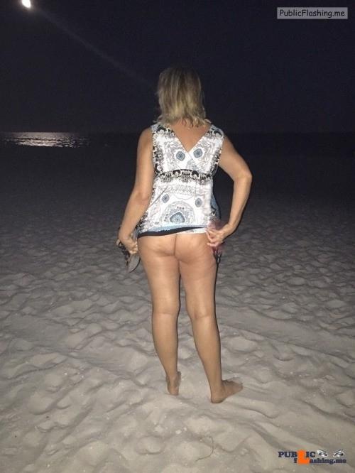 No panties Beach bum. More @wifexyz pantiesless