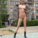 Public nudity photo gatwickcars:more women flashing +>…