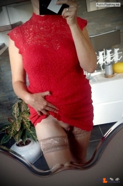No panties sharinglilith:Selfie for my bf before going out alone a while… pantiesless