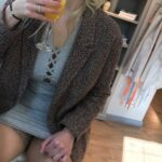 No panties sharinglilith: Celebrating 1000 followers with Prosecco and… pantiesless