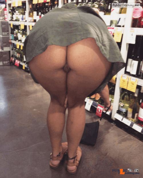 Public Flashing Photo Feed : No panties melbournedom-subcouple: Commando short dress liquor shop/ Super… pantiesless