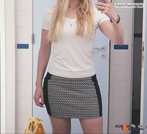 No panties hornyasshell2015: It's still hot outside.. it even makes me… pantiesless