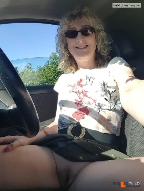 Public Flashing Photo Feed : No panties essex-girl-lisa: More of me going commando ? pantiesless
