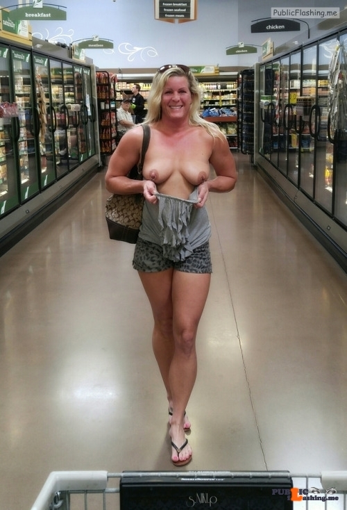 Public flashing photo nikikittenniki: Niki had a super sexy strut going when she was…