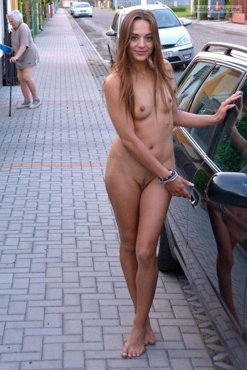 Public nudity photo pegeha: Pegeha gefällt das Bild Follow me for more public…