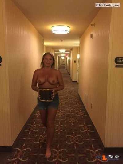 Public flashing photo idareyoucontest: Hotel hallway dare!