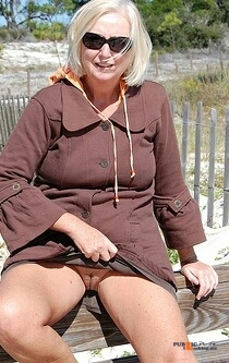 No panties Thanks for the submission @retiredmilf57 pantiesless Public Flashing