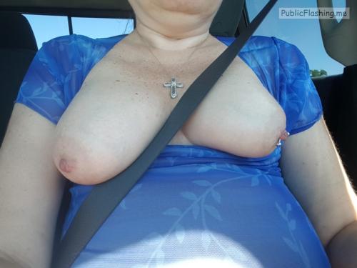 Public Flashing Photo Feed : No panties mylittlesecretonthewebmchgrl909: Some car selfies pantiesless