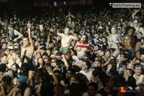 Public nudity photo festivalgirls:Girls showing the girls at Ultra…