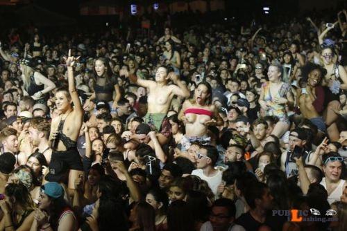 Public nudity photo festivalgirls:Girls showing the girls at Ultra... Public Flashing