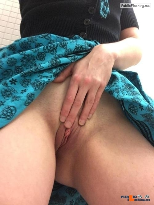 No panties sexyworkselfies: meet me in the bathrooms and fuck me silly? pantiesless