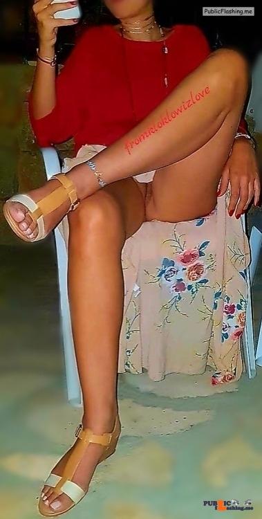 Public Flashing Photo Feed : No panties fromkloklowizlove: Commando wife @fromkloklowizlove pantiesless