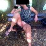 No panties avereunamoglietroia: al parco mi piace mostrarmi, quindi sempre… pantiesless