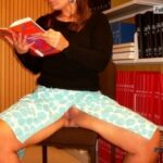No panties marajania: Offer for exhausted students in the library pantiesless