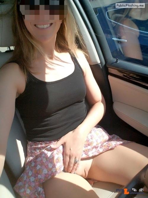 Public Flashing Photo Feed : No panties xoxox-shhh: love the sun!! pantiesless