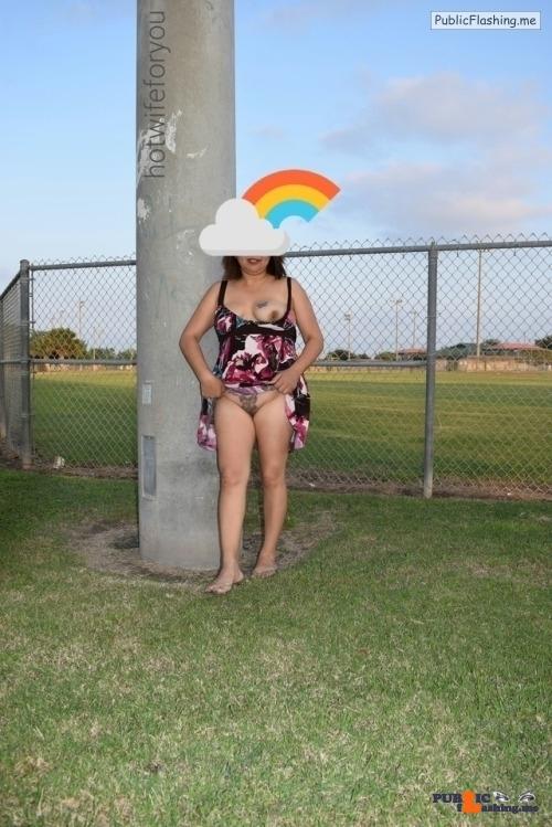 Public Flashing Photo Feed : No panties Happy commando friday pantiesless