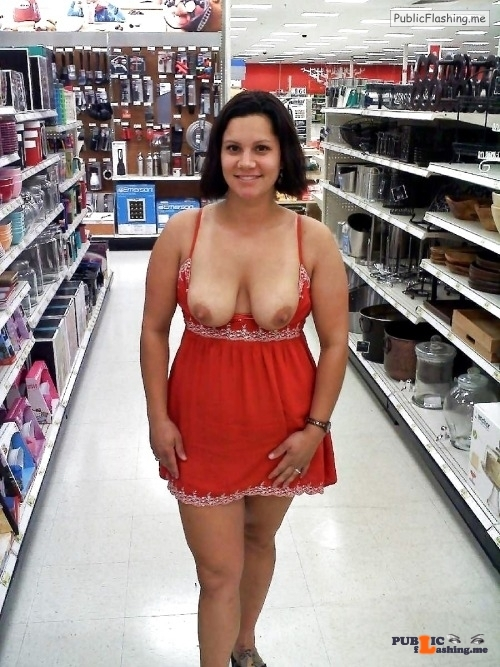 Public Flashing Photo Feed : Public flashing photo walmartwomenflashers: Bunch of tits and ass in public areas…