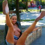 Public flashing photo nounderwearisthebestunderwear: Legs up and a landing strip