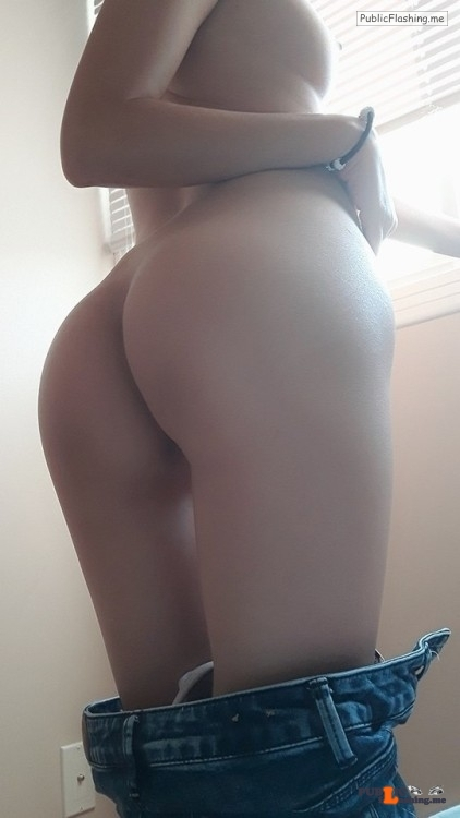 No panties mysecretpornblog6969: Some other pics of me :) please text me!… pantiesless