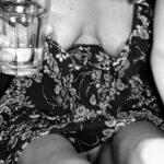 No panties theredmonitor: Flashing pantiesless