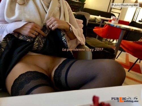 No panties la-parisienne-sexy: Petite exhibition ??? 