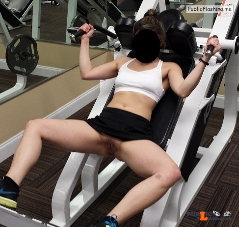 No panties raleighnccouple: Perfect gym outfit. pantiesless