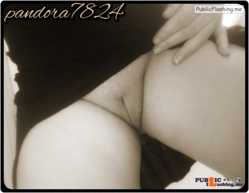No panties pandora7824: Just a peek loves…? *please keep captions intact* pantiesless