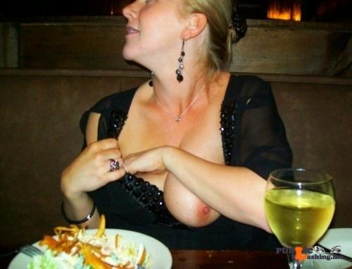 Public Flashing Photo Feed : Public flashing photo orgasmic-sexy-flashing:Restaurant Flash
