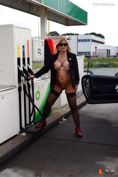 Public flashing photo carelessinpublic:Almost nude milf showing her big boobs and…