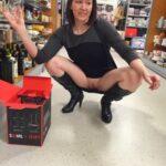 Public flashing photo commandopussymarvel:Shaved wife vag