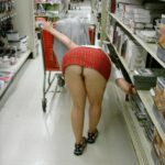 No panties Commando shopping pantiesless